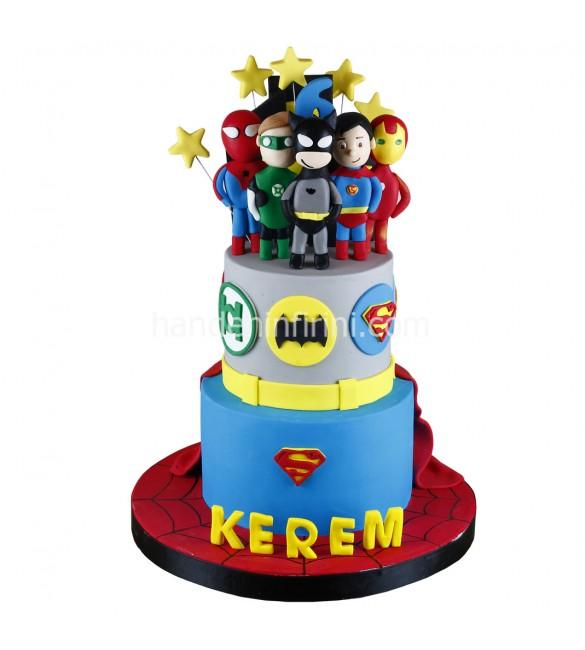 Çocuk Kahramanlar Pasta