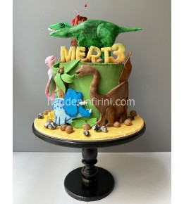 Dinozor Temalı Pasta
