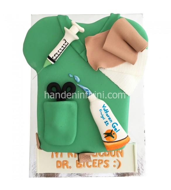 Doktor Önlüğü Pasta