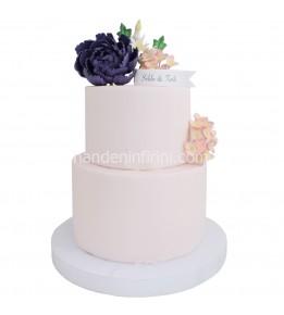 Mor Çiçekli Nişan Pastası