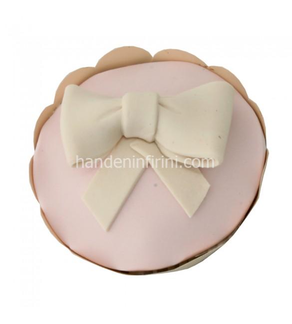 Beyaz Kurdele Cupcake