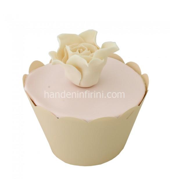 Beyaz Gül Cupcake